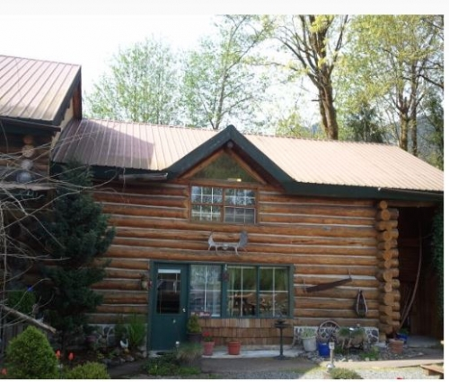 Log Cabin Bed and Breakfast