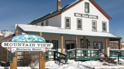 Mountain View Hotel & Cafe